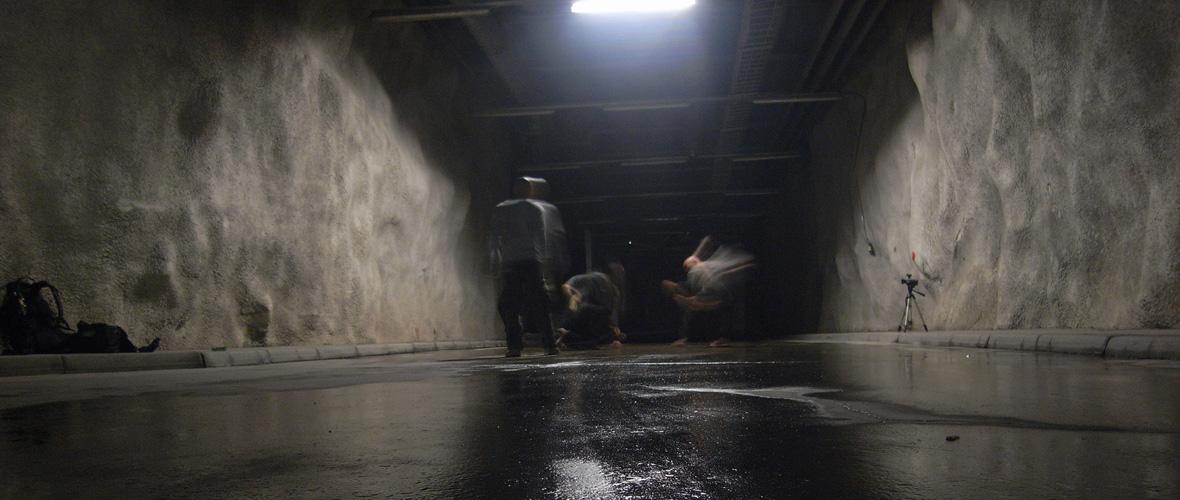 コンタクト・ゴンゾ「project MINIMA MORALIA」(2008)